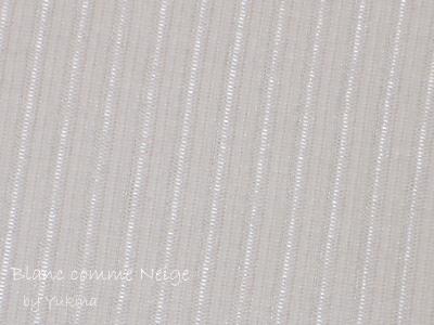 Turtleneck/White